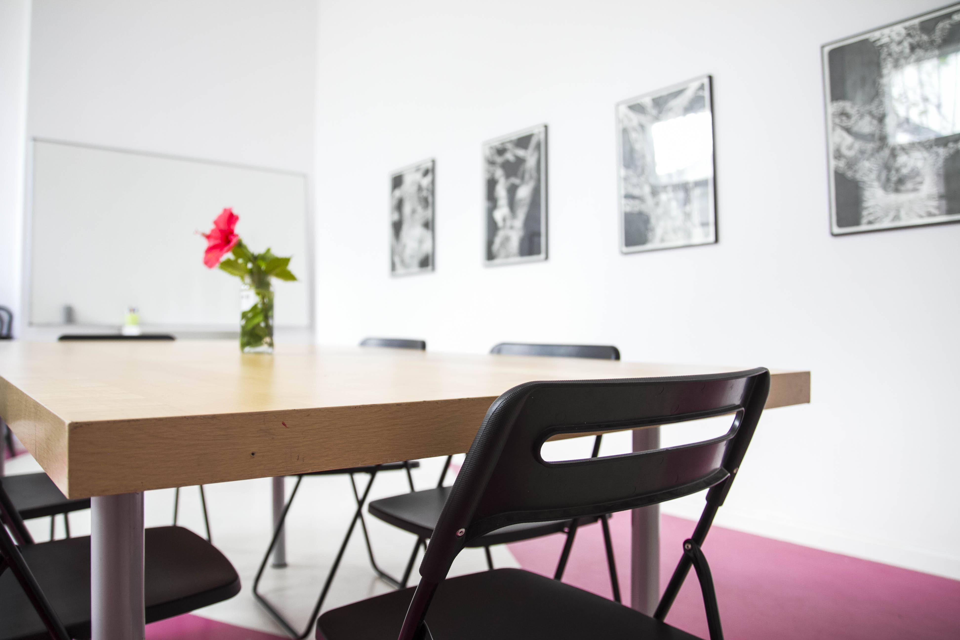 Oficina centro de Sevilla reuniones